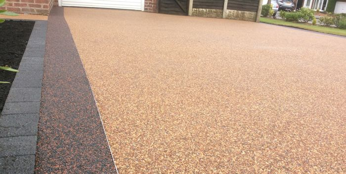 What is the Best Way to Keep Your Resin Driveway Clean?