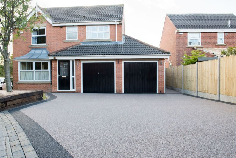 Choosing The Right Edging For Your New Resin Driveway