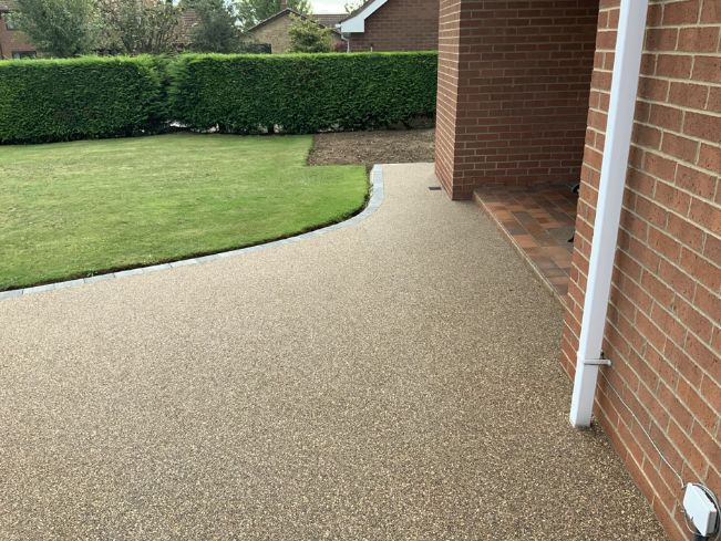 After image of new resin driveway in Doncaster